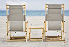 海滩睡椅佛罗里达迈阿密 免版税库存图片
