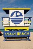 海滩睡椅救生员迈阿密 免版税图库摄影