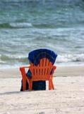 海滩睡椅毛巾 库存图片