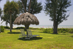 海滩睡椅海岛 库存图片