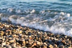 海滩石头的特写镜头在俄罗斯的索契地区 库存照片