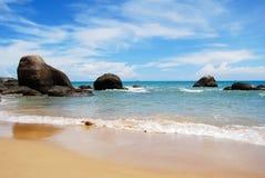 海滩礁石 库存照片