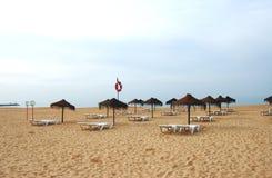 海滩空的葡萄牙 免版税库存照片