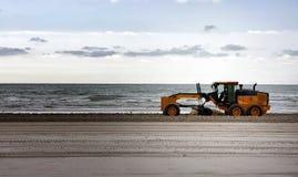 海滩维护 库存照片