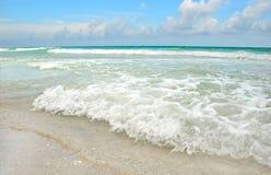 海滩美丽的海洋 图库摄影