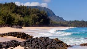 海滩考艾岛lumahai 免版税图库摄影