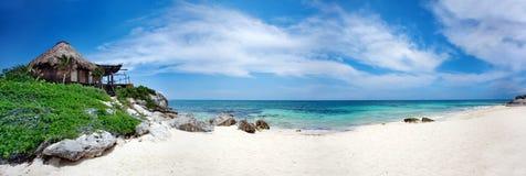 海滩胜地 免版税库存照片