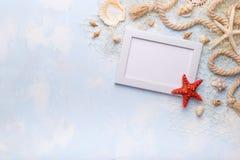 海滩英国概念节假日护照夏天玩具 图库摄影