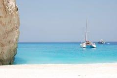 海滩蓝色希腊海岛navagio海运zakynthos 图库摄影