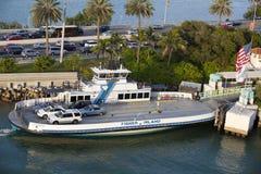 海滩轮渡渔夫海岛迈阿密 免版税库存图片