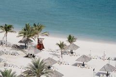 海滩迪拜早晨手段 免版税库存照片