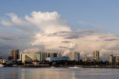 海滩长的地平线 免版税库存照片