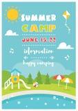 海滩阵营或俱乐部孩子的 夏天海报传染媒介模板 库存图片