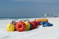 海滩骑自行车海浪 免版税库存图片