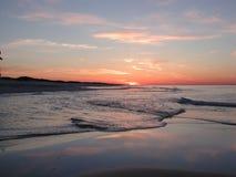 海滩黎明 免版税库存图片