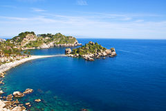 海滩bella isola taormina 库存图片