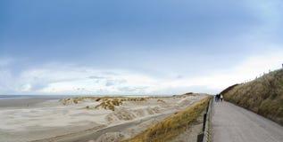 海滩borkum北部冬天 免版税库存照片