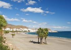 海滩carboneras视图 免版税图库摄影