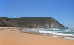海滩castelejo执行普腊亚sagres 库存照片