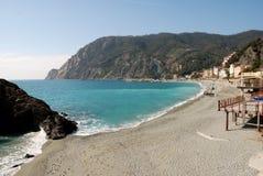 海滩cinqueterre monterosso 库存照片