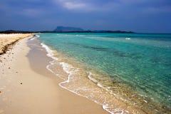 海滩cinta撒丁岛 免版税库存照片