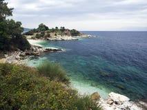 海滩corfu kassiopi 库存图片