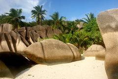 海滩digue海岛la塞舌尔群岛 免版税库存图片