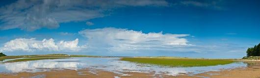 海滩holkham早晨诺福克 免版税库存图片
