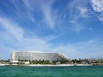 海滩lucaya我们的手段 免版税库存图片