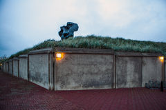 海牙,荷兰- 2015年10月22日:在小室Haag -市的著名抽象雕塑荷兰 库存图片