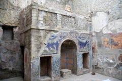 海王星和Amphitrite议院在赫库兰尼姆,意大利 免版税库存图片