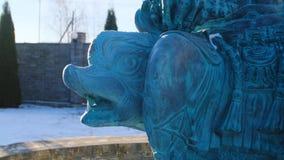 海王星雕象特写镜头  E 一部分的波塞冬雕塑坐海豚 头尖叫 股票录像