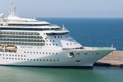 海的皇家加勒比船小夜曲 库存照片