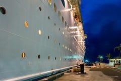 海的皇家加勒比` s雄伟 免版税库存照片