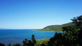 海的看法从在远处的 免版税图库摄影