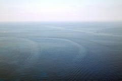 海的看法从天空的 免版税库存图片