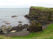 海的看法从Dunluce城堡的 库存图片