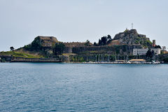 从海的科孚岛老堡垒视图 库存图片