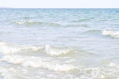 从海的飞溅声水 免版税库存照片
