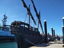 海盗小船 库存照片