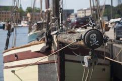 海盗小船 免版税库存照片