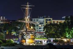 海盗船在市瓦尔纳 库存图片