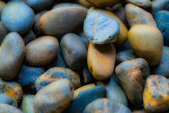 海石头被弄脏的背景  灰色软件 De被聚焦的摘要 免版税库存图片
