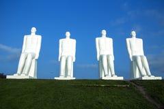 海纪念碑的人 库存照片