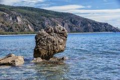 海腐蚀的岩石 免版税库存图片