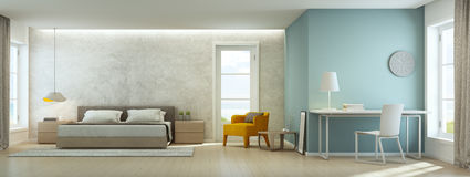 海视图卧室和客厅在豪华海滨别墅,家庭办公室现代内部里  免版税库存照片