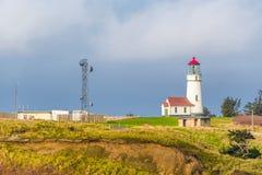 海角在太平洋海岸的布兰科灯塔,在1870年修造 库存图片
