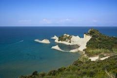 海角峭壁corfu drastis希腊 图库摄影
