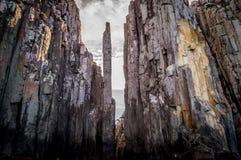 海角柱子在塔斯曼国家公园,澳大利亚 免版税库存照片