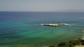 海角的鸟瞰图,海岸, Sant `艾琳,布里亚蒂科,意大利 股票视频